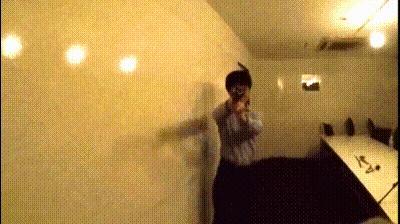 ゴキブリクラッカー発射の瞬間