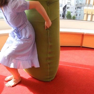 椅子にもソファにもベッドにも 一つでいろんな使い方ができるソファ『Yogibo』