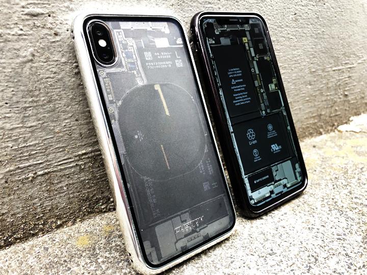尖ったデザインだけに目がいきがちだが、iPhone Xも機能を充分に活かしつつ使い勝手にも配慮された満足度の高い逸品だ。