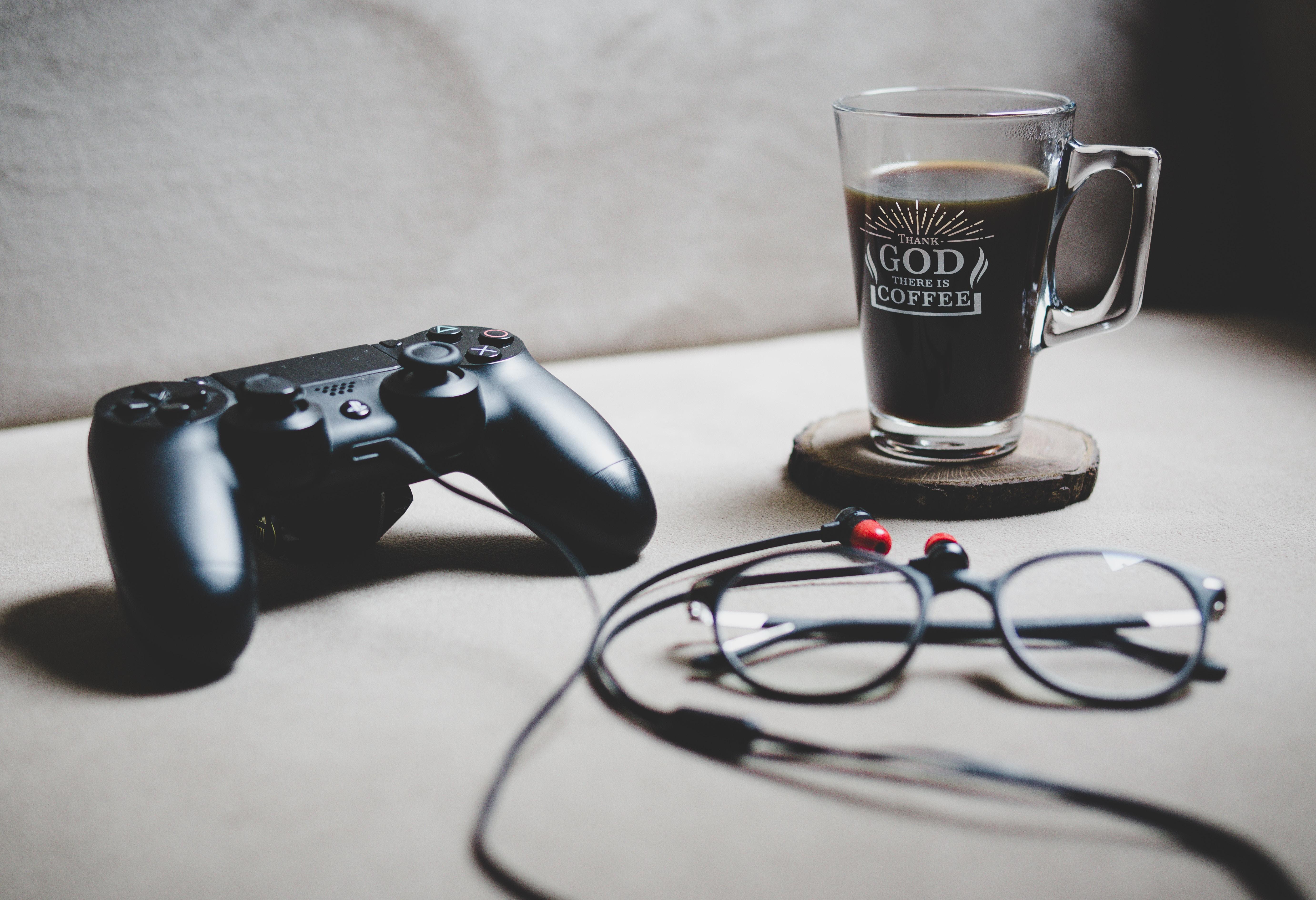 ゲーム用コントローラーの写真