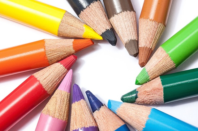 定番12色の色鉛筆
