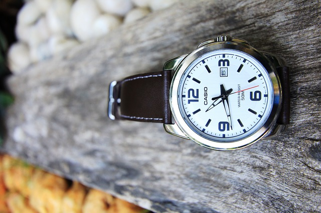 シックなカシオの腕時計