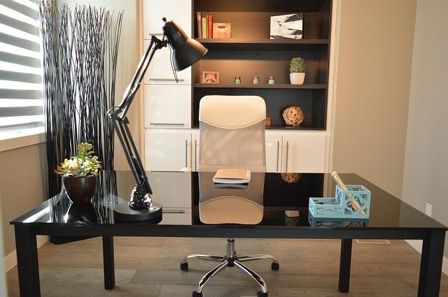 自宅の仕事部屋の写真