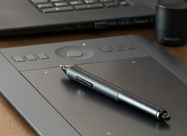 黒いペンタブレット