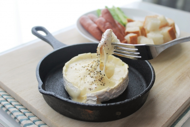 スキレットでやるチーズフォンデュ