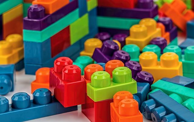 子どもに人気な知育玩具の写真