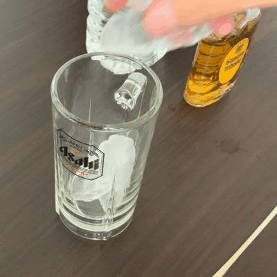 ウイスキーの水割りの一般的な作り方