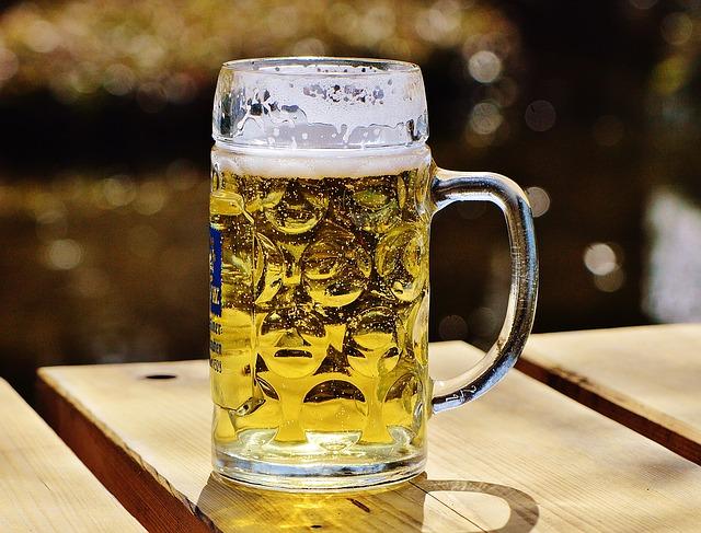 ビールジョッキグラス