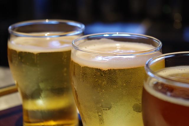 ビールグラスの口元