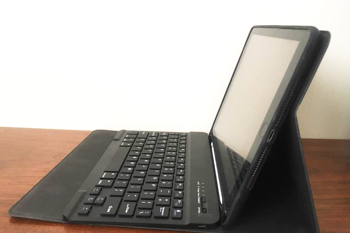 iPadの直角に近い角度