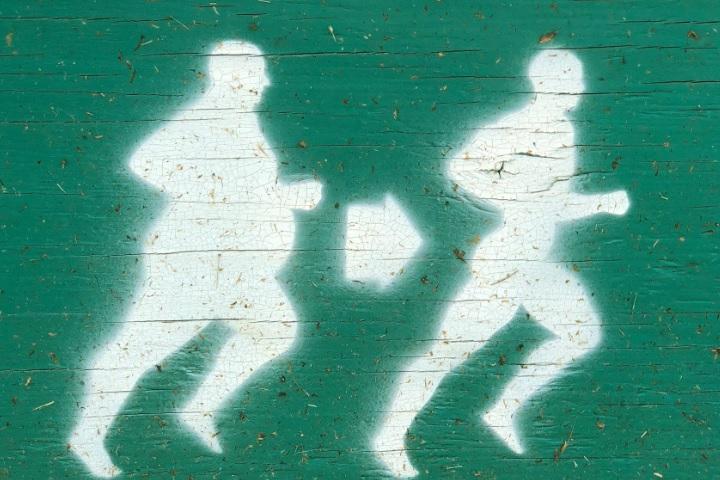 ジョギングをしている画像