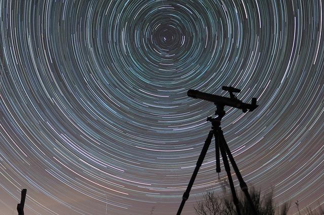 天体望遠鏡の画像