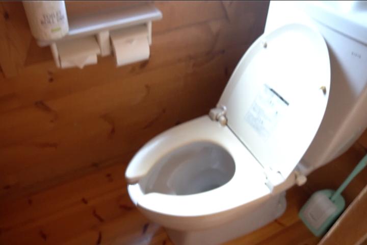 コテージキャンプ トイレ
