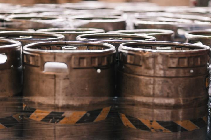 ビールの貯蔵タンク