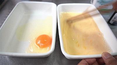 パンを浸す卵液を作る