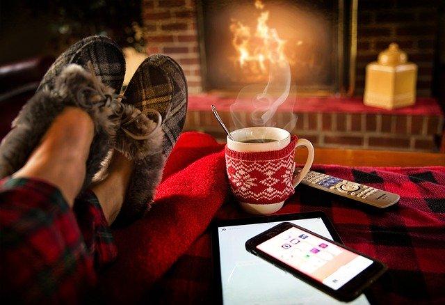 コーヒーと足の画像