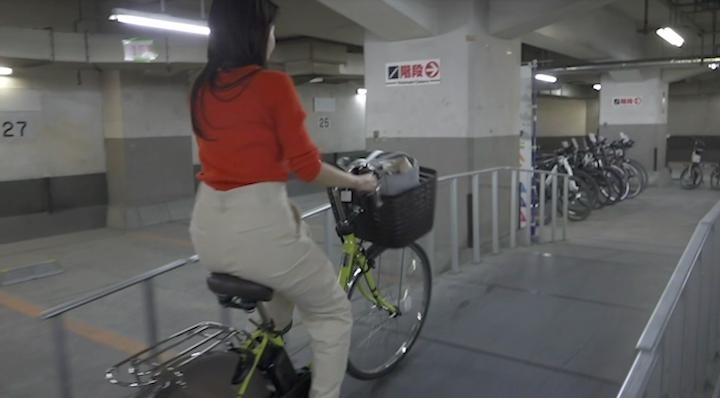 ヨドバシカメラ新宿西口本店の電動自転車試乗コース