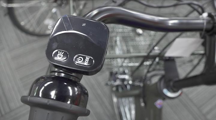 ブリヂストンの電動自転車に付いている操作パネル