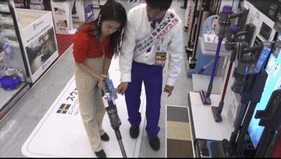 パナソニックの掃除機「パワーコードレス」のクリーンセンサーGIF