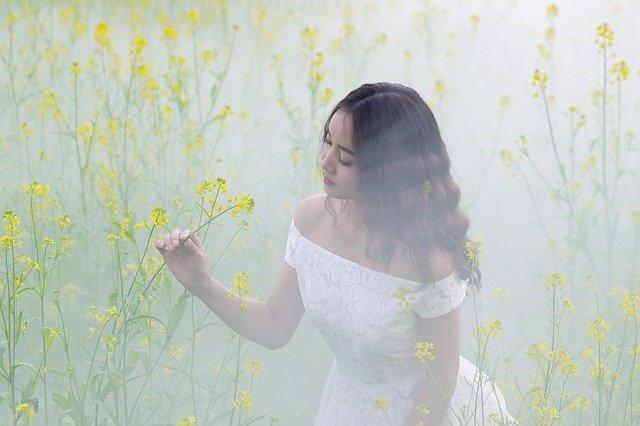 きれいな女性の写真