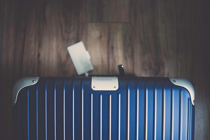 スーツケースの画像