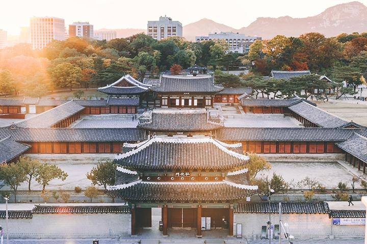 弘化門の画像