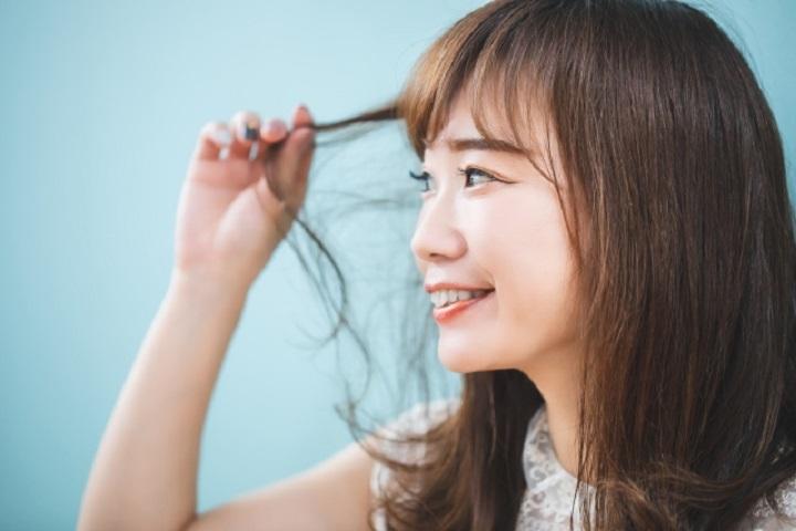 ツヤ髪を作れるって本当?エメリルヘアオイルの口コミを調査!