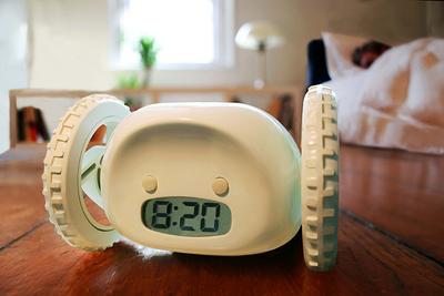 【動画まとめ】これなら起きられる!?少し変わった目覚まし時計たち
