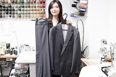 スーツの型崩れをアイロンで復活!月1回のスーツ「完璧メンテ」