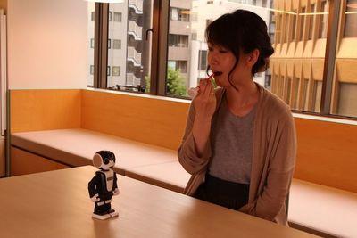 ロボットが歯磨きを教えてくれる!『ロボホン』×『ガム・プレイ』