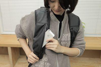 背負ったまま財布もスマホも取り出せる!収納力抜群『ポケットバックパック』
