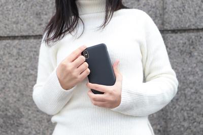 シンプルを極めた『MYNUS(マイナス)iPhone X CASE』