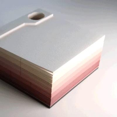 一枚ずつめくりたくなるメモ帳「OMOSHIROI BLOCK(オモシロイブロック)」