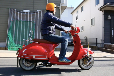 『ローマの休日』のようなレトロバイクだけど、実は最新電動スクーター『POCHETTE(ポシェット)』