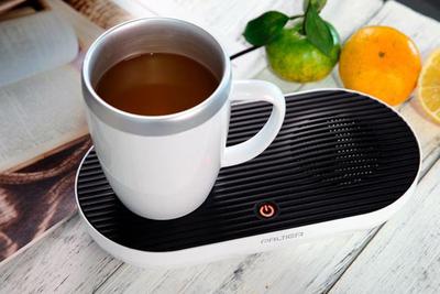 一年中飲み物をおいしい温度で楽しめる。デスクトップ冷熱カップ「PT-501」