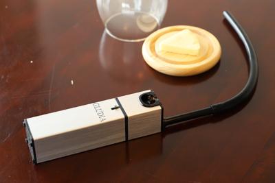 3分で本格燻製ができる 『グルーディア燻製器』