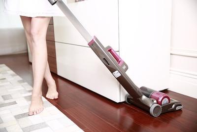 スティック掃除機おすすめ10選!機能とコストのバランスで選ぼう