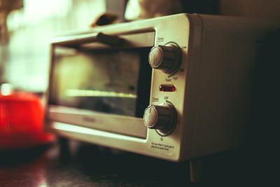 オーブントースター掃除の方法とおすすめグッズを徹底解説!焦げや汚れをきれいに