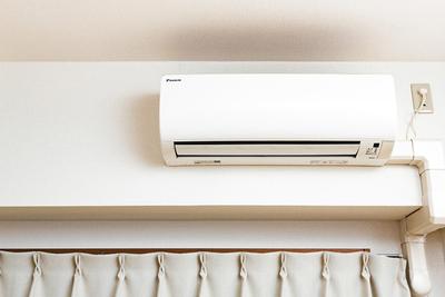 エアコンつけっぱなしは電気代節約になるのか?おすすめの電気代節約術も!