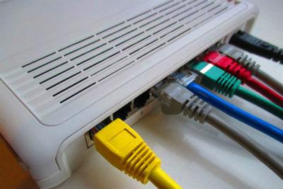 無線ルーターとは?Wi-Fiや無線LANとの違いや選び方、設置方法など