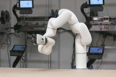 廉価なロボットアーム『xArm』でオートメーション化を実現!