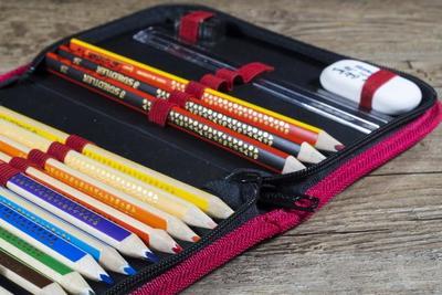 消しゴムのおすすめ商品10選!電動やはんこ型、ノック式など色々なタイプを紹介