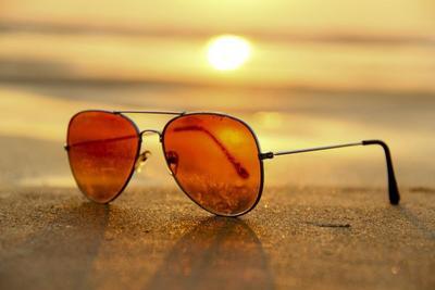 【人気ブランド】メンズサングラスのおすすめ10選!デザインと機能に着目して厳選
