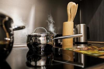 鍋のおすすめ商品10選♪両手鍋&片手鍋から選べる人気アイテムをピックアップ!