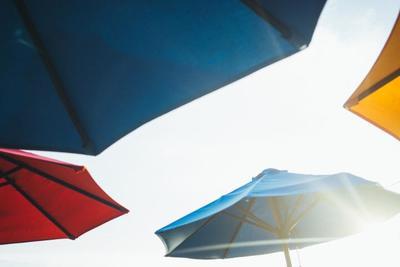 メンズ日傘のおすすめ10選【レジャーもバッチリ長傘&携帯に便利折りたたみ傘】