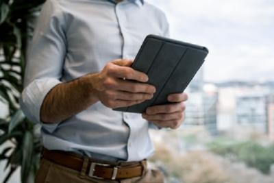 iPadのバッテリー交換の方法とは?価格や注意点を紹介!