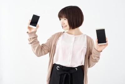 iPhoneケースにステッカーで個性を!人気の商品を紹介