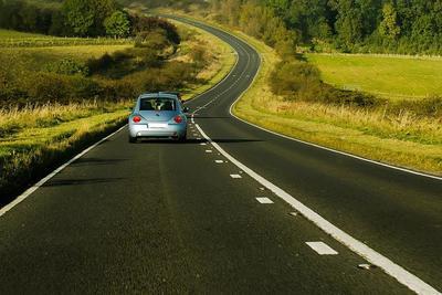 360度監視できるドライブレコーダーで事故を防ぐ!選び方からおすすめ10選まで一挙紹介