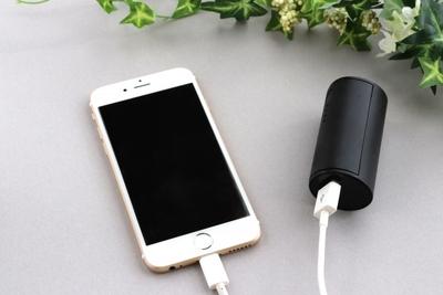 【2019年版】軽量かつ小型&薄型モバイルバッテリー オススメ5選