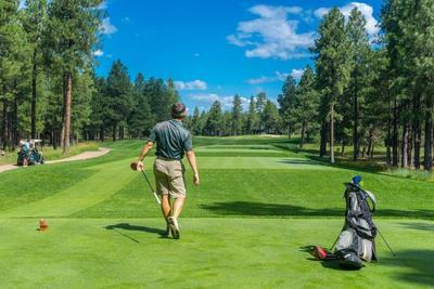ゴルフ練習におすすめのグッズを紹介!自宅トレーニングでこっそり上達しよう!